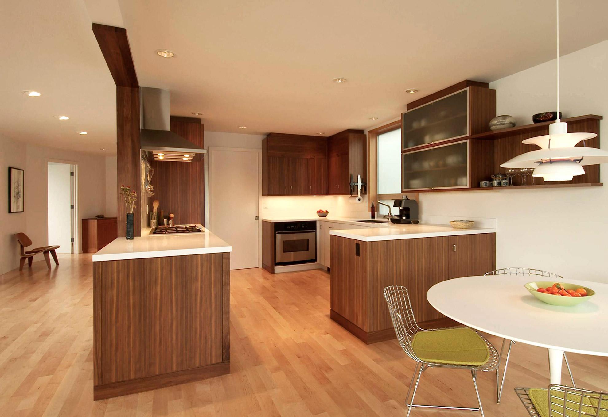 Banker floating house kitchen