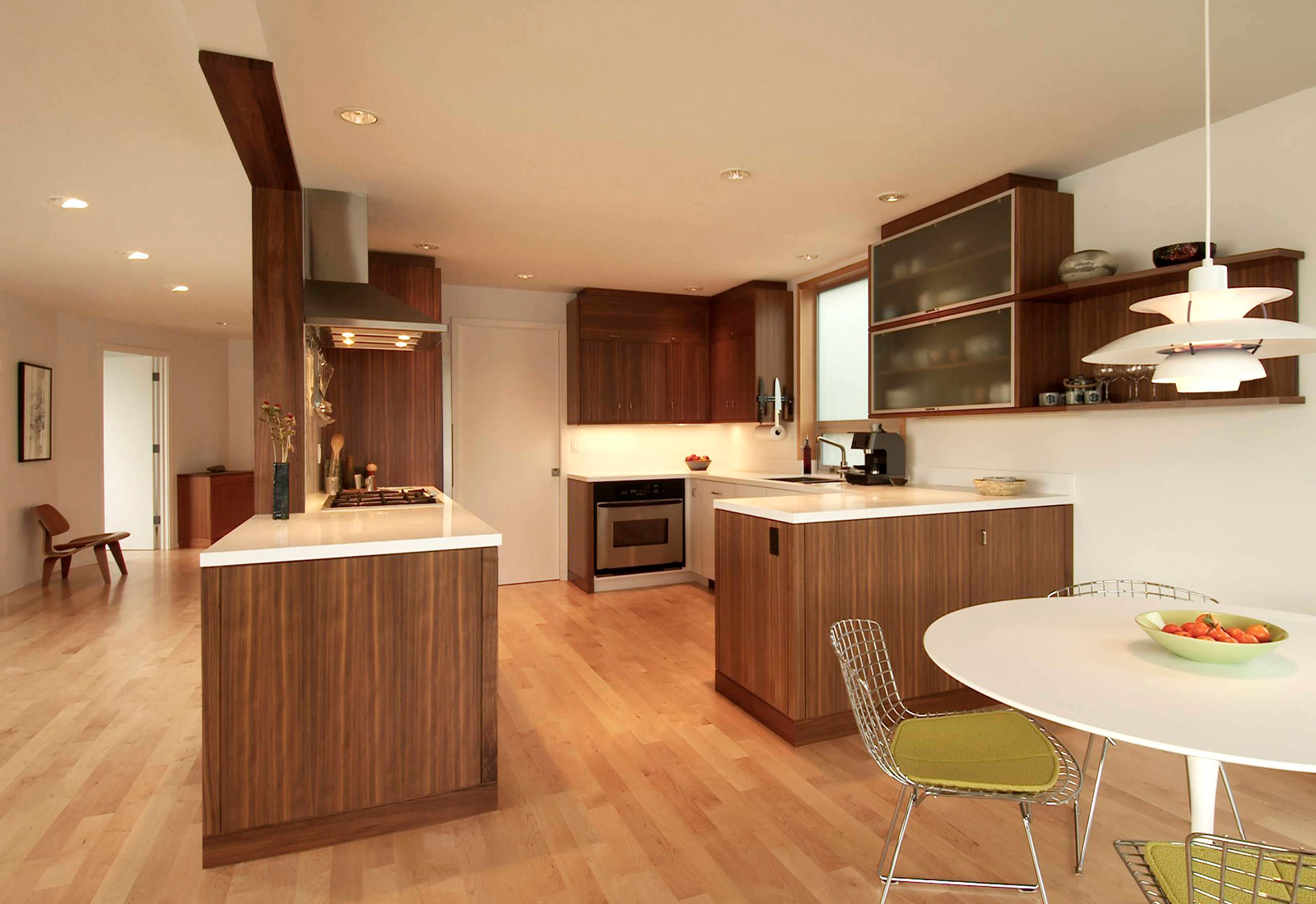 Banker floating house kitchen